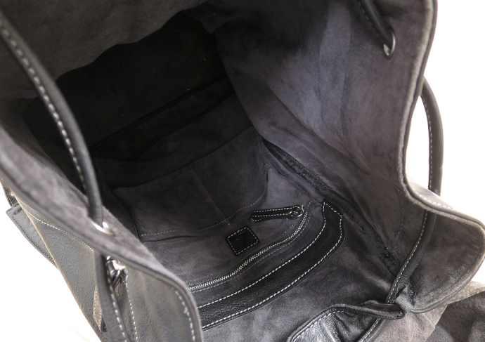 土屋鞄 リュック の内部