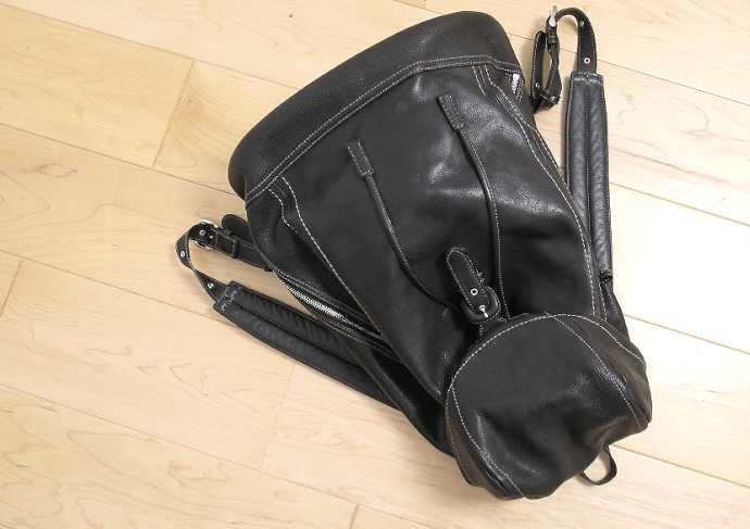 土屋鞄 トーンオイルヌメ ソフトバックパック 限定色