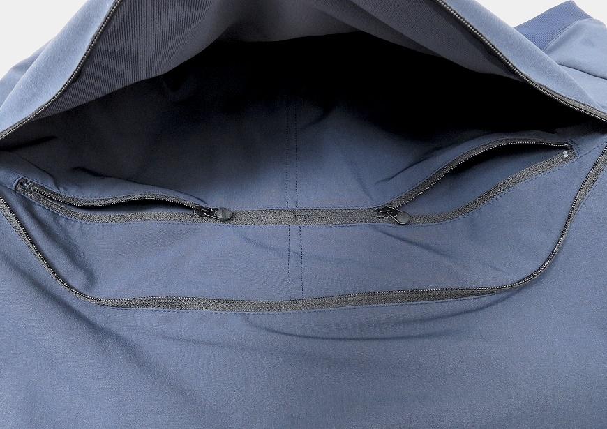 alk phenix パーカーの前ポケットの内部