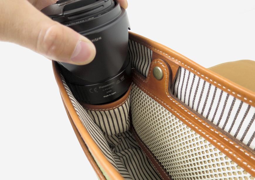 土屋鞄 カメラ散歩バッグの中のポケット